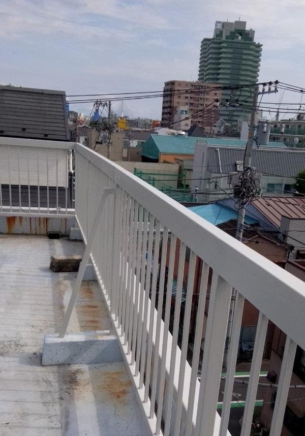 東京都葛飾区 屋上手摺り塗装、床防水工事 鉄部の塗装 ケレン作業の意味 (18)