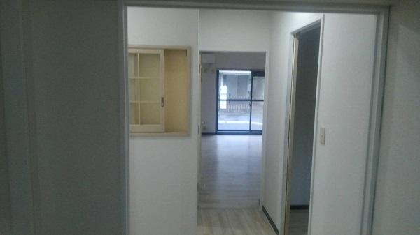 東京都荒川区 マンション 内装工事 巾木、ドア塗装 完工 (11)