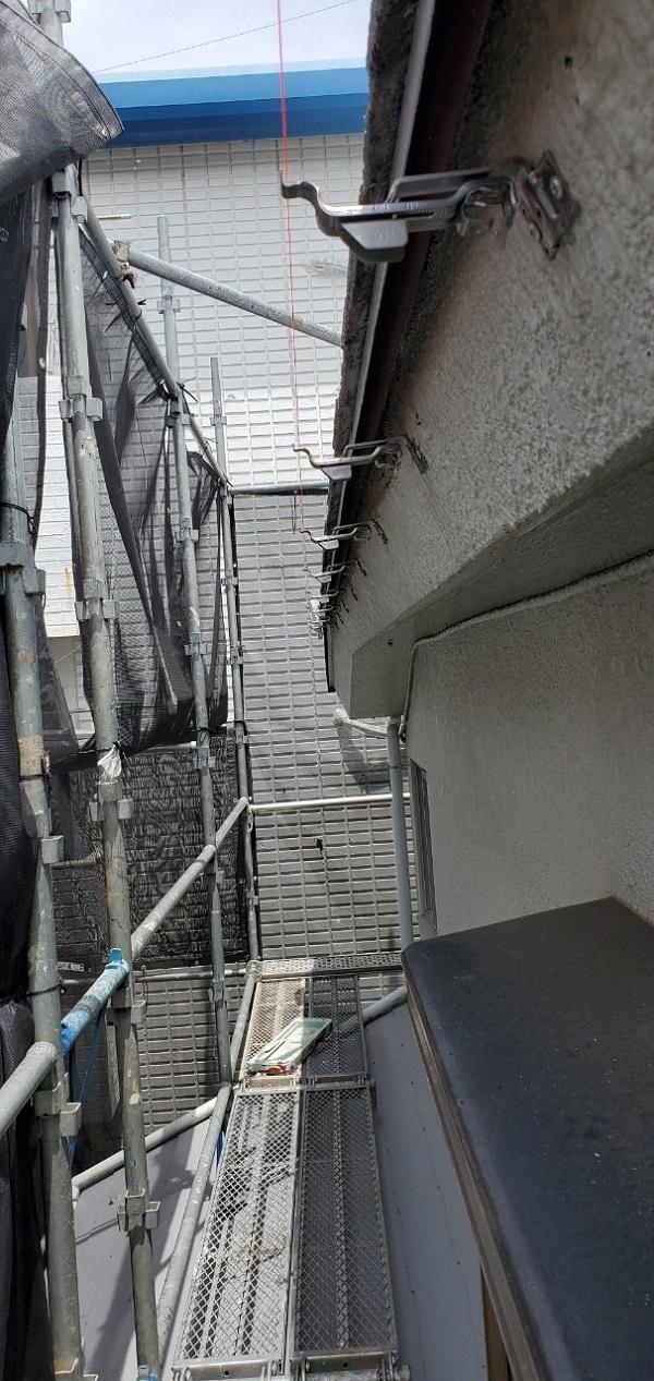 東京都大田区 S様邸 雨樋交換 雨樋が破損するとどうなるか (3)