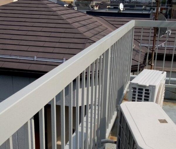 東京都葛飾区 屋上手摺り塗装、床防水工事 鉄部の塗装 ケレン作業の意味 (17)